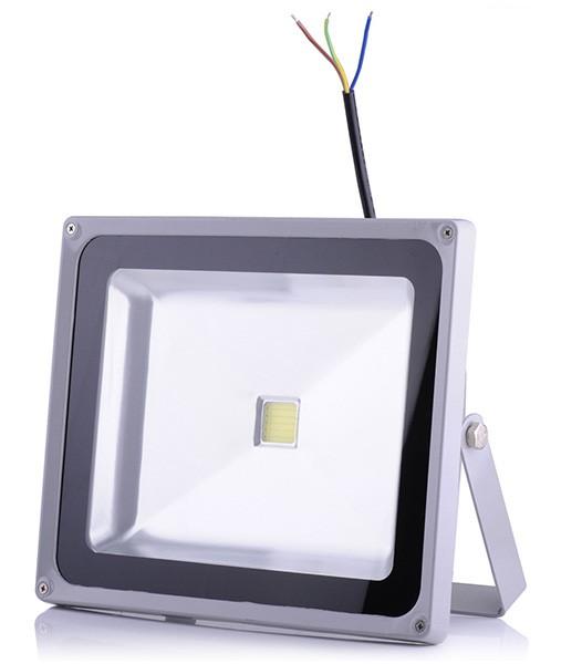 50w led fluter au enstrahler lichtfarbe kaltwei 6000 6500k 49 90 e. Black Bedroom Furniture Sets. Home Design Ideas